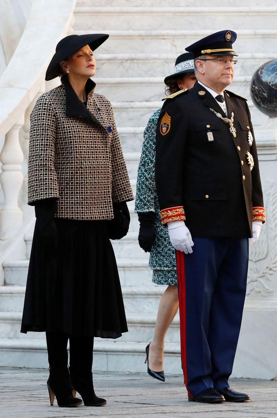 Le look de la princesse Charlène de Monaco à Monaco, le 19 novembre 2018