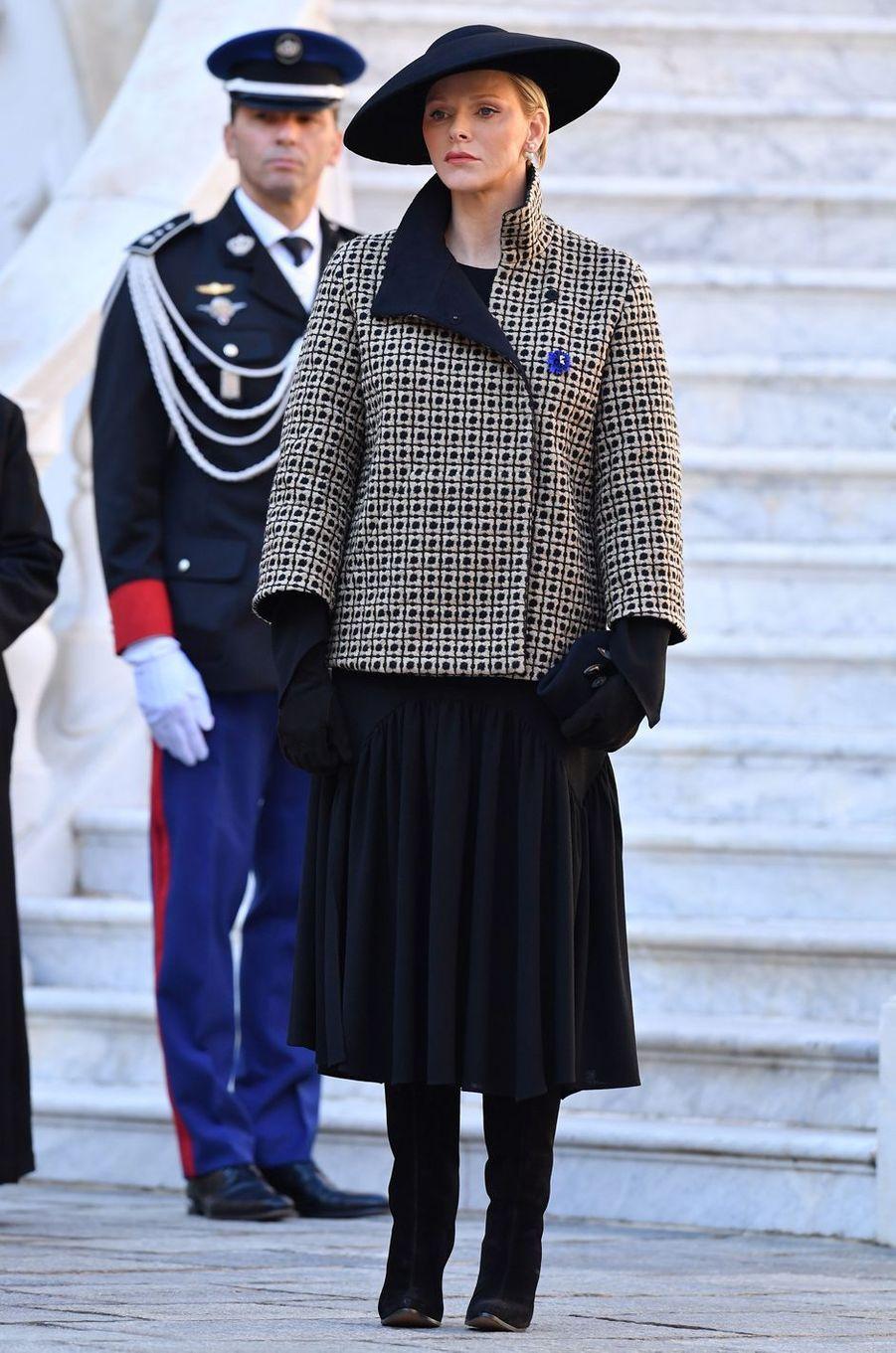 La princesse Charlène de Monaco en Akris, à Monaco le 19 novembre 2018