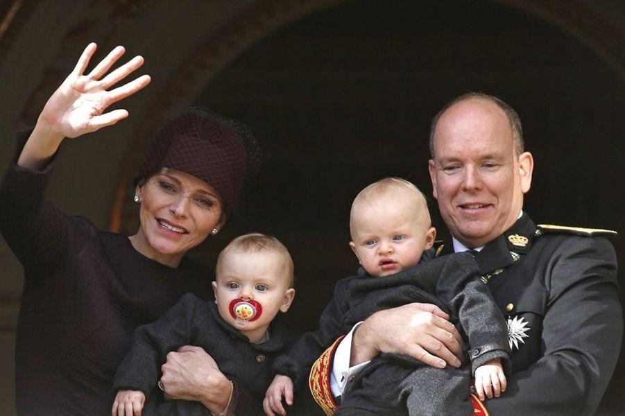 La princesse Gabriella et le prince Jacques lors de la fête nationale monégasque, le 19 novembre 2015