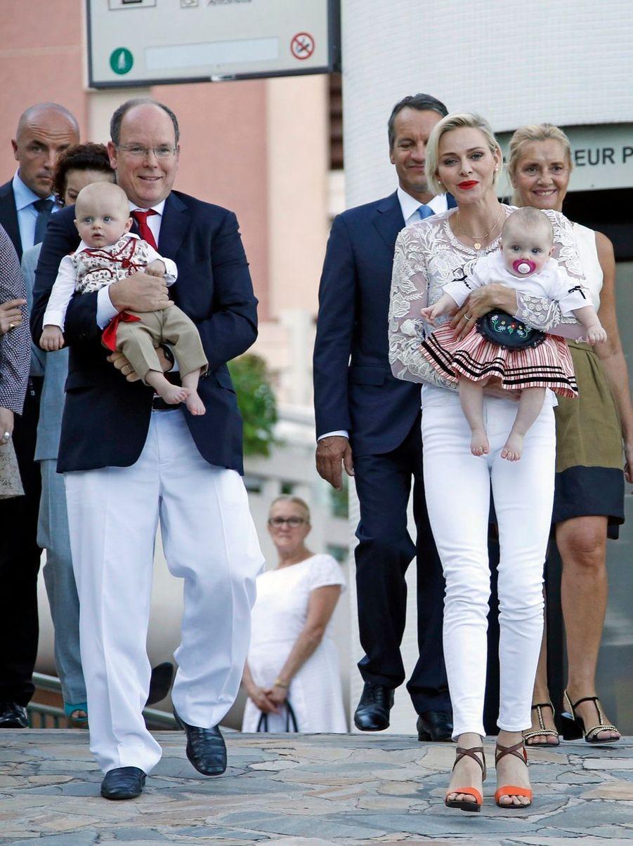 Le prince Jacques et la princesse Gabriella au traditionnel pique-nique de la Principauté, le 28 août 2015