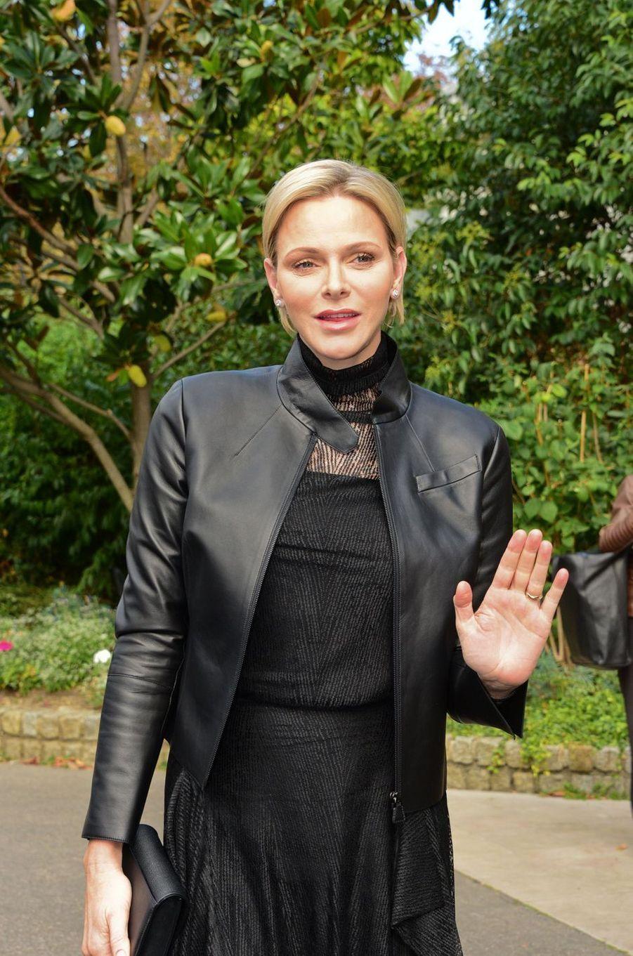 La princesse Charlène de Monaco à la Fashion Week à Paris, le 30 septembre 2018