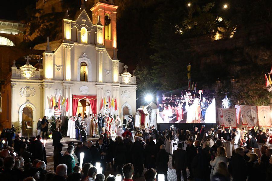 La princesse Charlène et le prince Albert II de Monaco assistent à la procession de la Sainte-Dévote à Monaco, le 26 janvier 2017