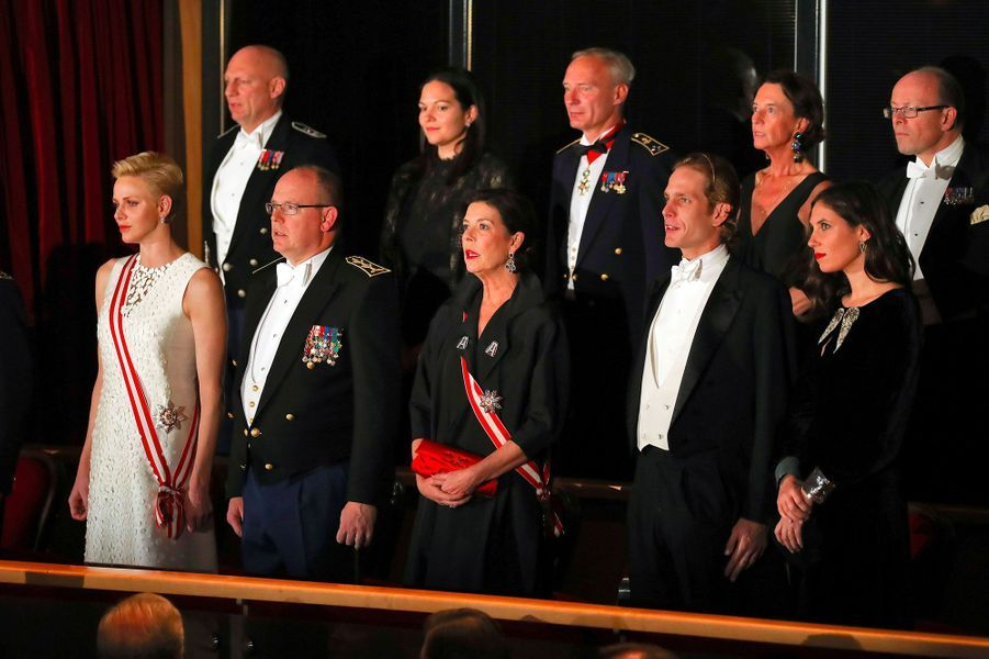 La princesse Charlène, le prince Albert II de Monaco, la princesse Caroline de Hanovre, Andréa Casiraghi et sa femme Tatiana Santo Domingo
