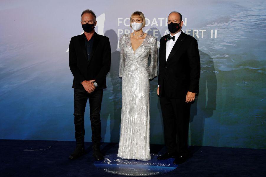 La princesse Charlène et le prince Albert II de Monaco avec Sting, à Monaco le 24 septembre 2020