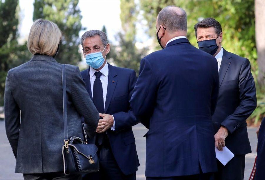 La princesse Charlène et Albert de Monaco, en compagnie de Nicolas Sarkozy et Christian Estrosi, ce samedi 7 novembre 2020, lors de l'hommage aux victimes de l'attaque au couteau perpétrée dans la basilique de Nice, le 29 octobre dernier.