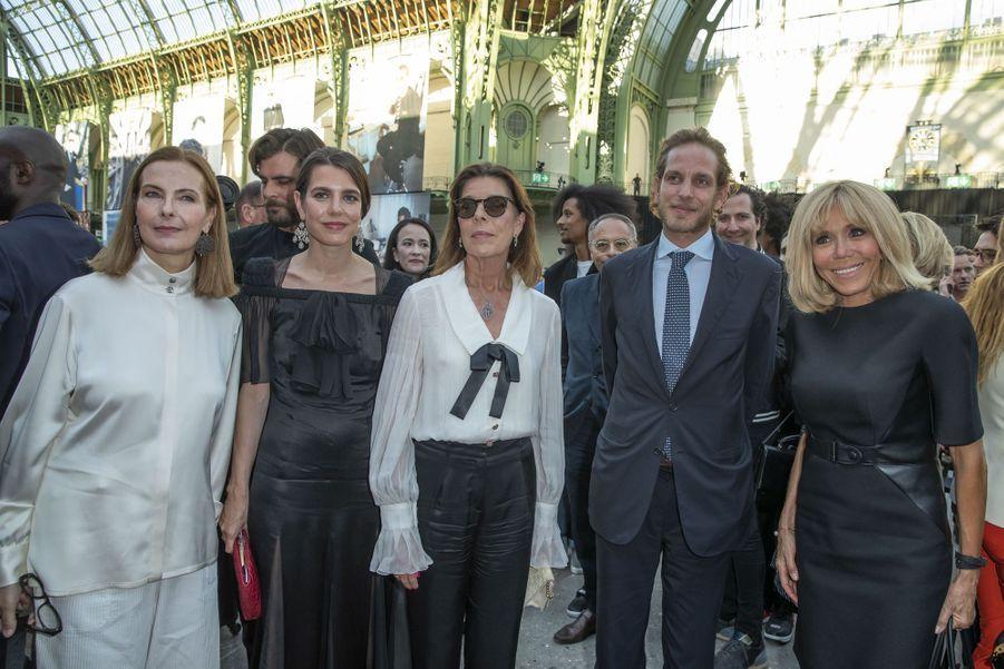 Carole Bouquet, Charlotte Casiraghi, Caroline de Monaco, Andrea Casiraghi et Brigitte Macron à Paris, le 20 juin 2019