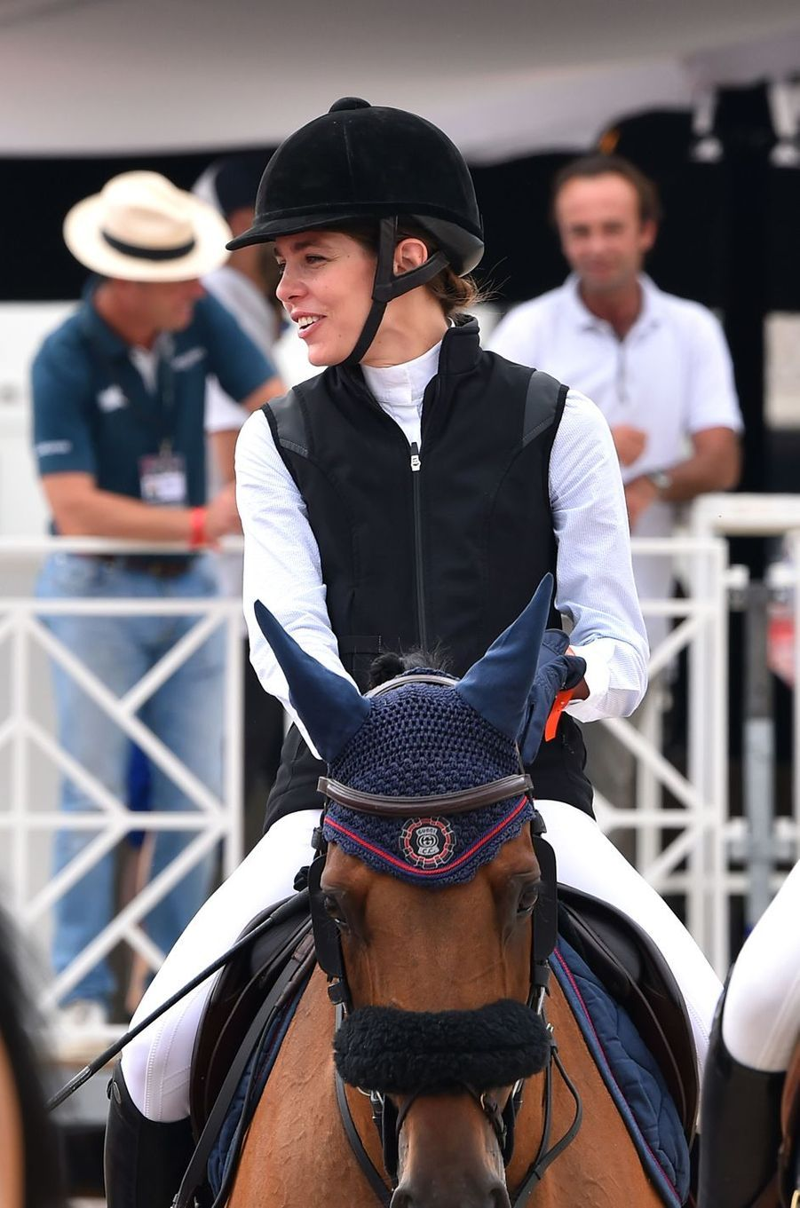 Charlotte Casiraghi à cheval au Jumping de Monte-Carlo à Monaco, le 23 juin 2017