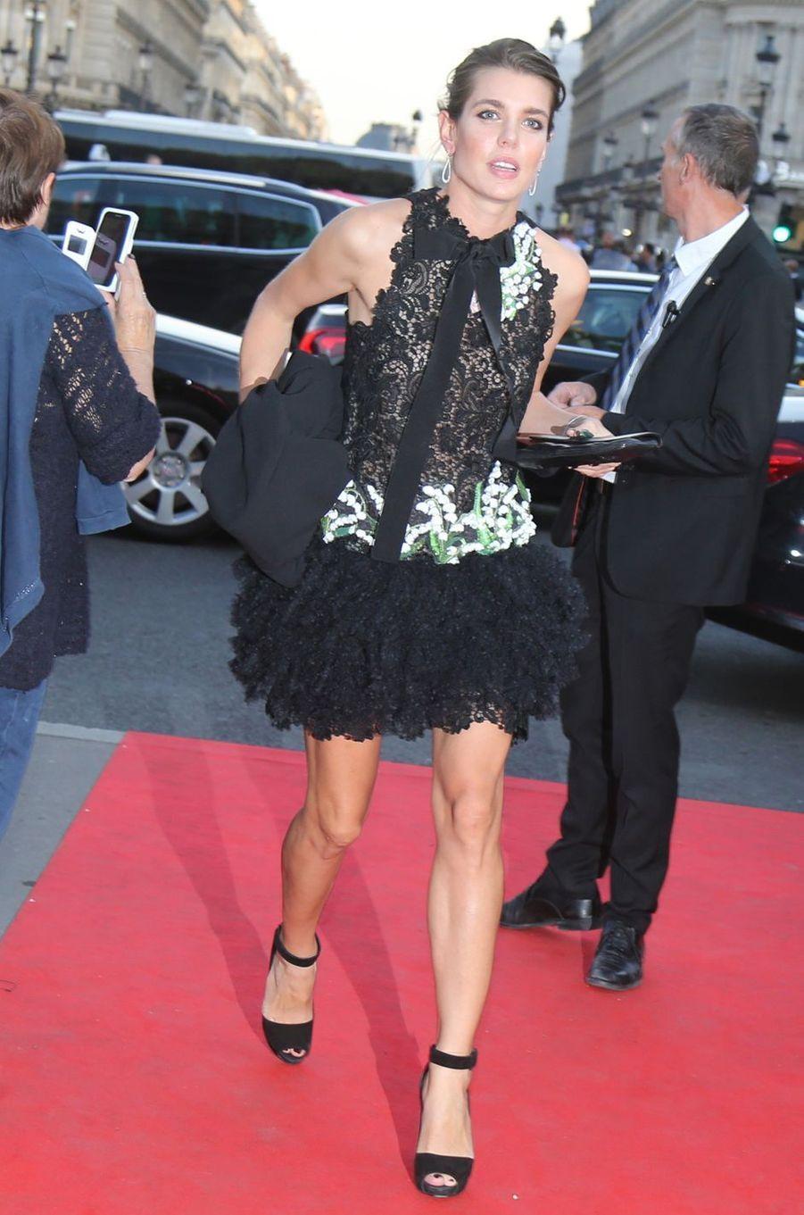 Charlotte Casiraghi dans une robe Giambattista Valli à Paris, le 21 septembre 2017