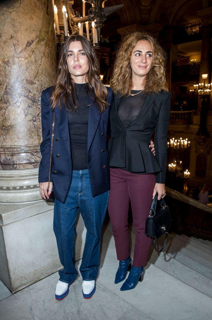Charlotte Casiraghi avec Alexia Niedzielski à Paris, le 2 octobre 2017