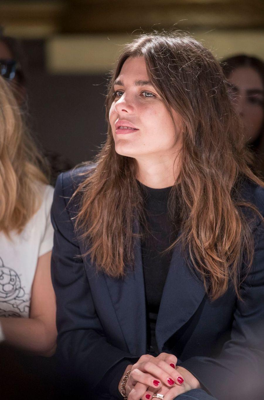 Charlotte Casiraghi au défilé Stella McCartney à la Fashion Week de Paris, le 2 octobre 2017
