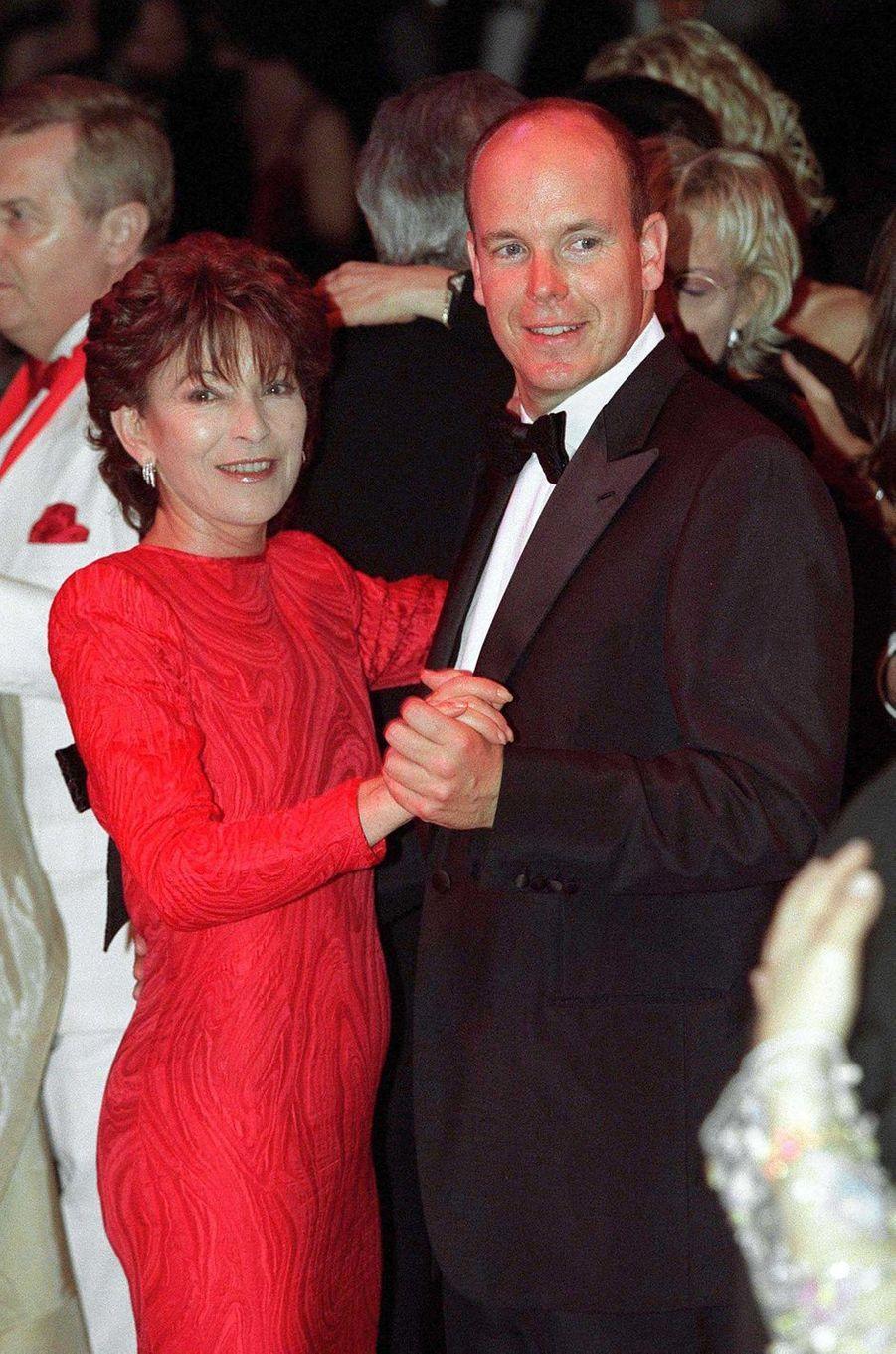 Elizabeth-Ann de Massy avec son cousin le prince Albert de Monaco, le 24 mars 2001