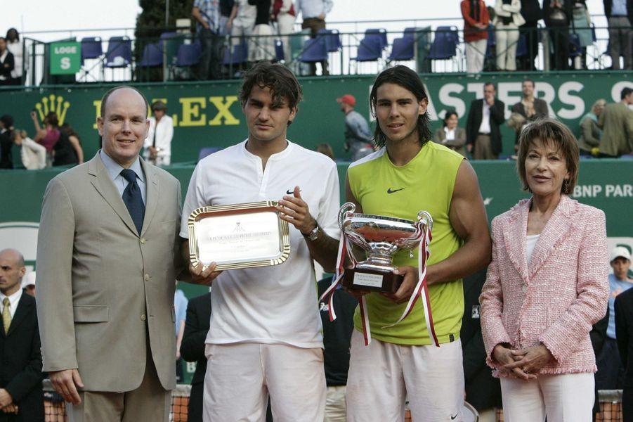 Elizabeth-Ann de Massy avec son cousin le prince Albert II de Monaco, Roger Federer et Rafael Nadal, le 23 avril 2006