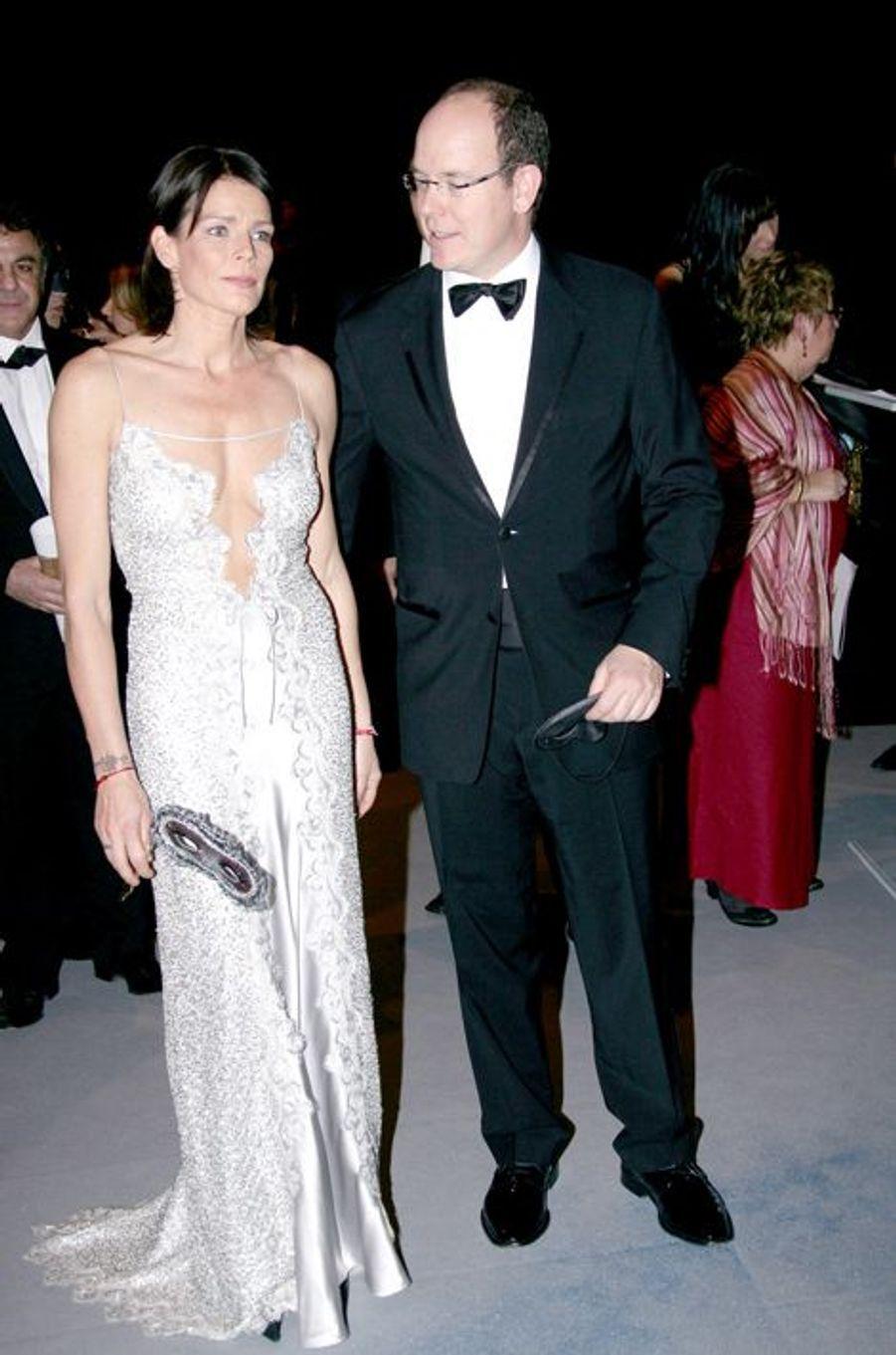 La princesse Stéphanie de Monaco le 22 février 2007, avec le prince Albert