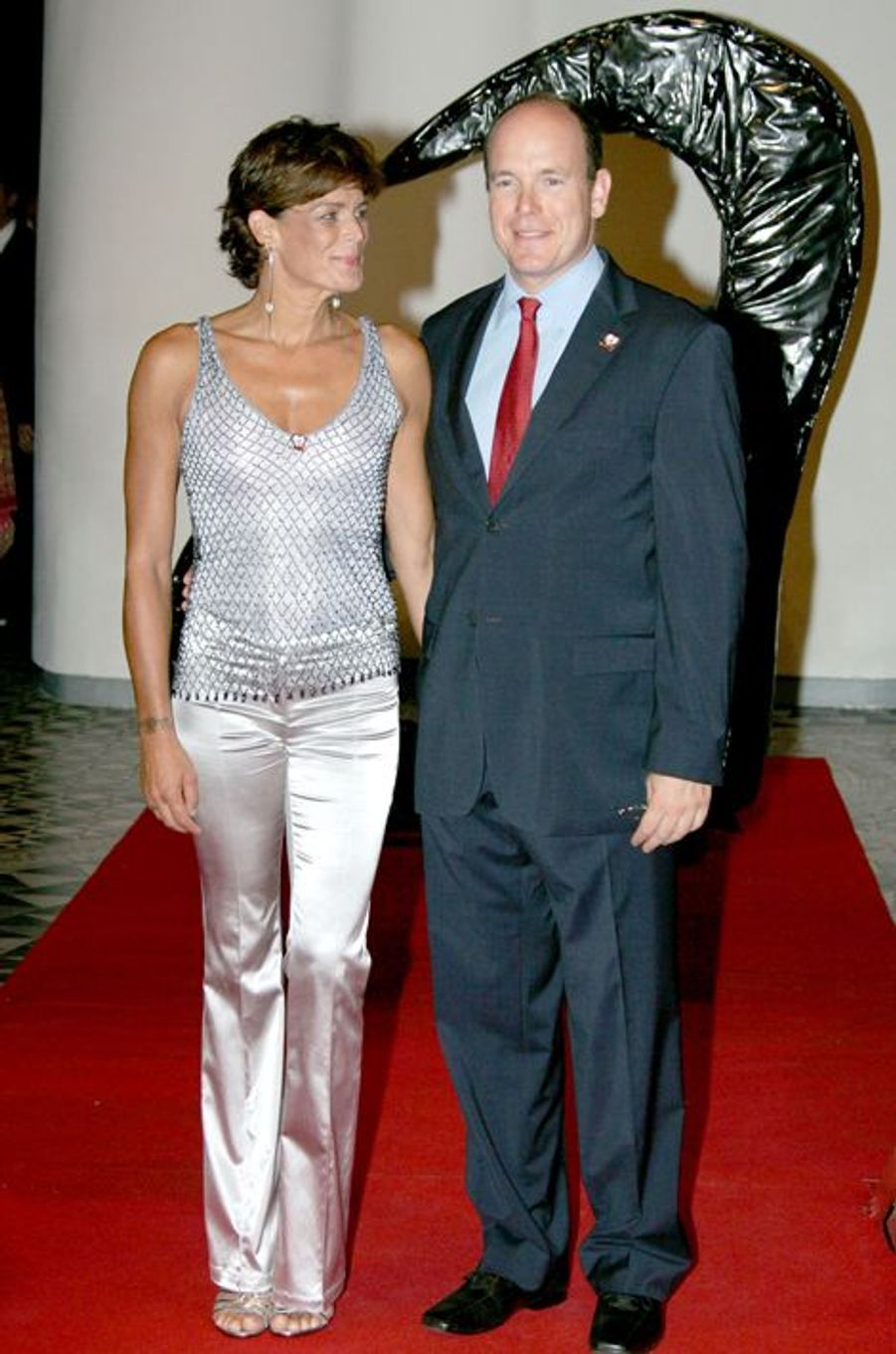 La princesse Stéphanie de Monaco le 24 juillet 2005, avec le prince Albert