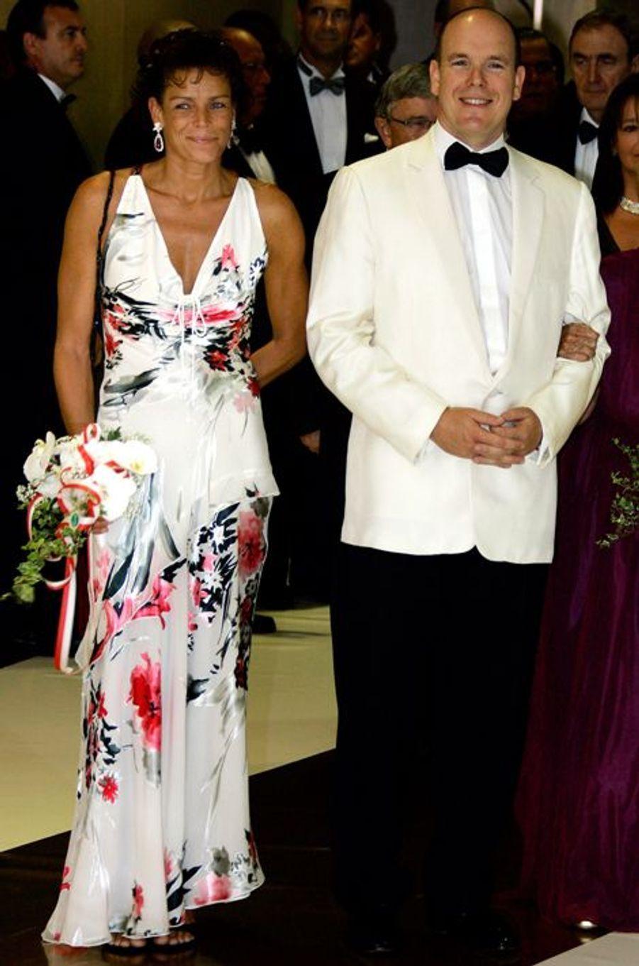La princesse Stéphanie de Monaco le 5 août 2005, avec le prince Albert