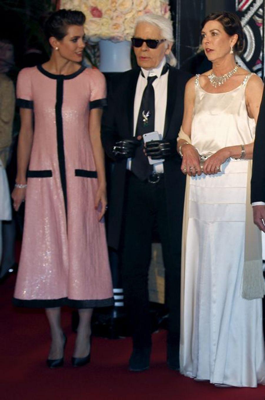 Charlotte Casiraghi avec la princesse Caroline de Hanovre et Karl Lagerfeld, le 28 mars 2015