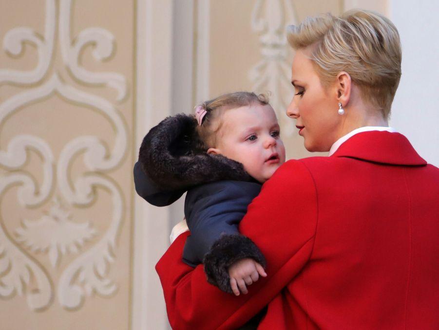 Charlène De Monaco, Le Prince Albert Et Leurs Jumeaux Gabriella Et Jacques À L'arbre De Noël Du Palais 16