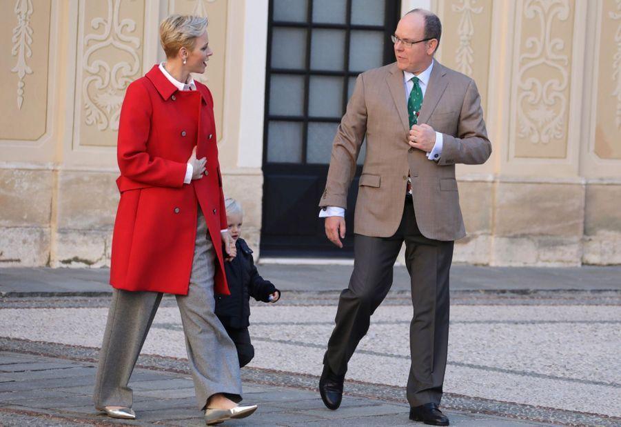 Charlène De Monaco, Le Prince Albert Et Leurs Jumeaux Gabriella Et Jacques À L'arbre De Noël Du Palais 25