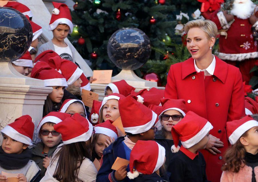 Charlène De Monaco, Le Prince Albert Et Leurs Jumeaux Gabriella Et Jacques À L'arbre De Noël Du Palais 31
