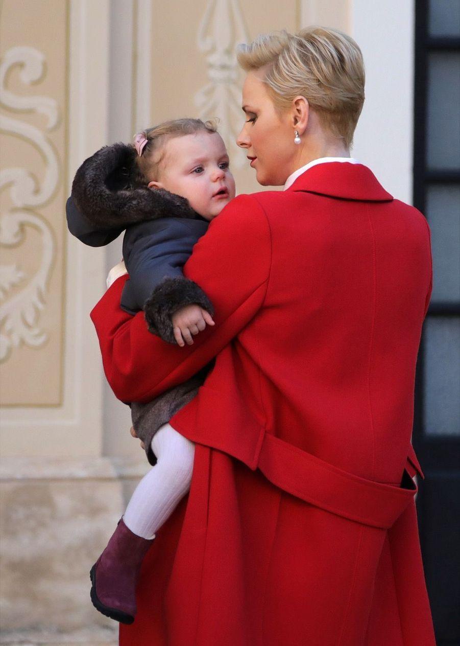 Charlène De Monaco, Le Prince Albert Et Leurs Jumeaux Gabriella Et Jacques À L'arbre De Noël Du Palais 34