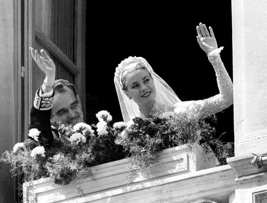 Grace Kelly et le prince Rainier III de Monaco, le 19 avril 1956
