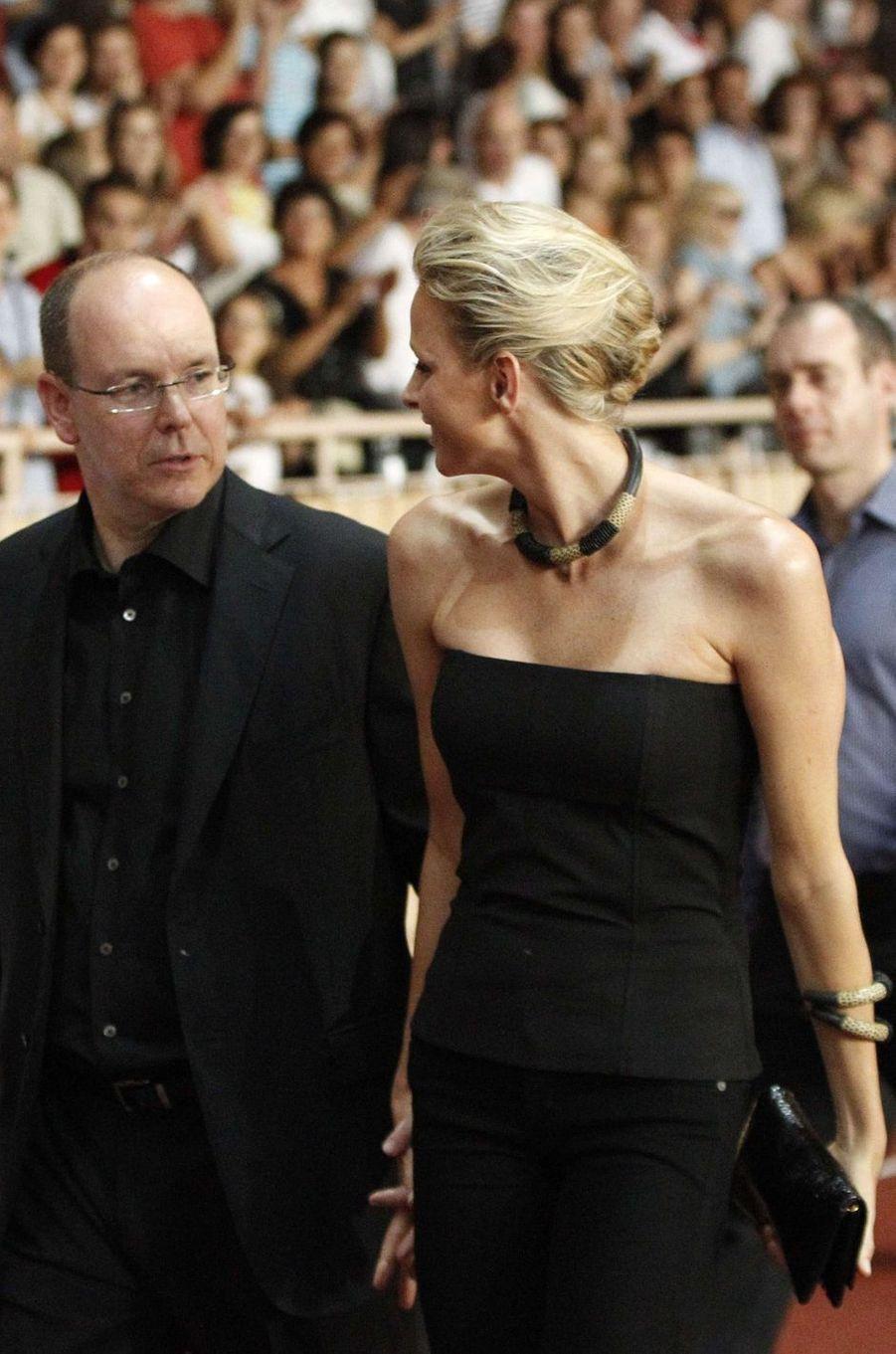 Le prince Albert II de Monaco et Charlène Wittstock au stade Louis-II à Monaco, le 30 juin 2011