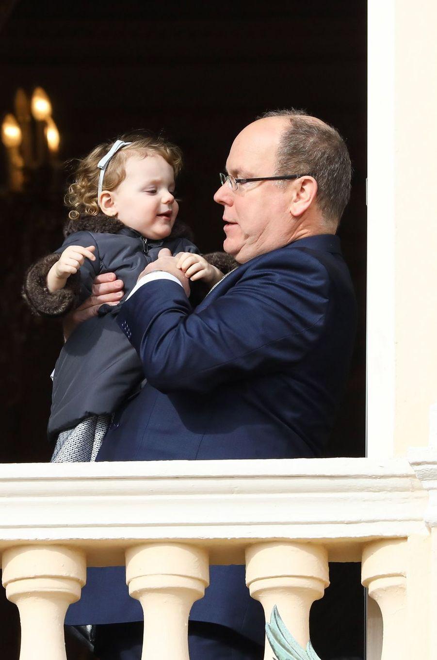 Le prince Albert II de Monaco avec la princesse Gabriella à Monaco le 27 janvier 2017