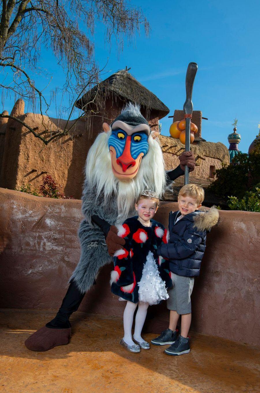 La princesse Gabriella et le prince Jacques de Monaco à Disneyland Paris, le 17 avril 2019