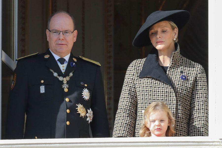 La princesse Gabriella de Monaco avec ses parents, à Monaco le 19 novembre 2018