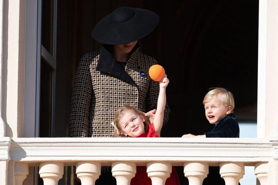 La princesse Gabriella et le prince Jacques de Monaco avec la princesse Charlène, à Monaco le 19 novembre 2018
