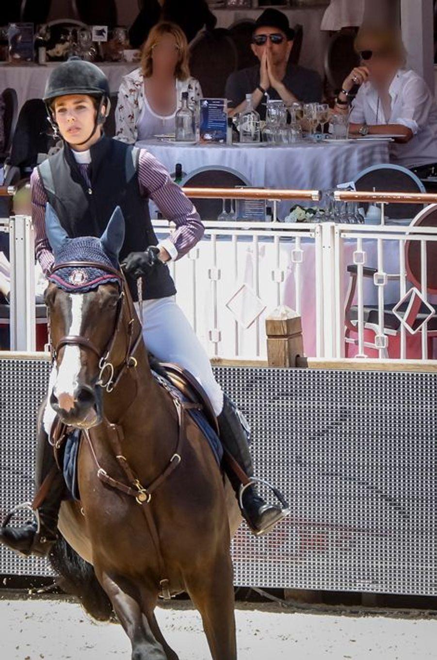 Charlotte Casiraghi et Gad Elmaleh au Jumping de Monaco, le 27 juin 2015