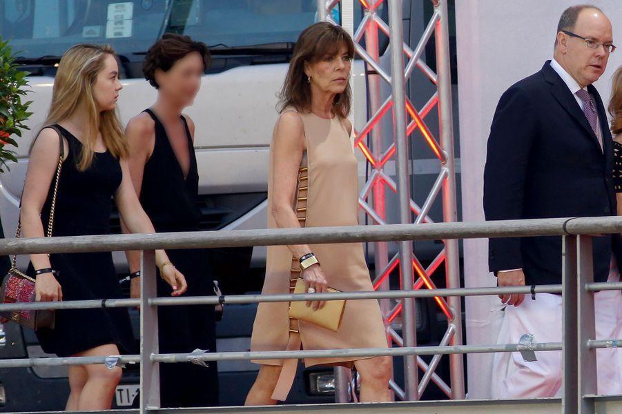 Le prince Albert II de Monaco avec les princesses Caroline et Alexandra de Hanovre au Jumping de Monaco, le 27 juin 2015