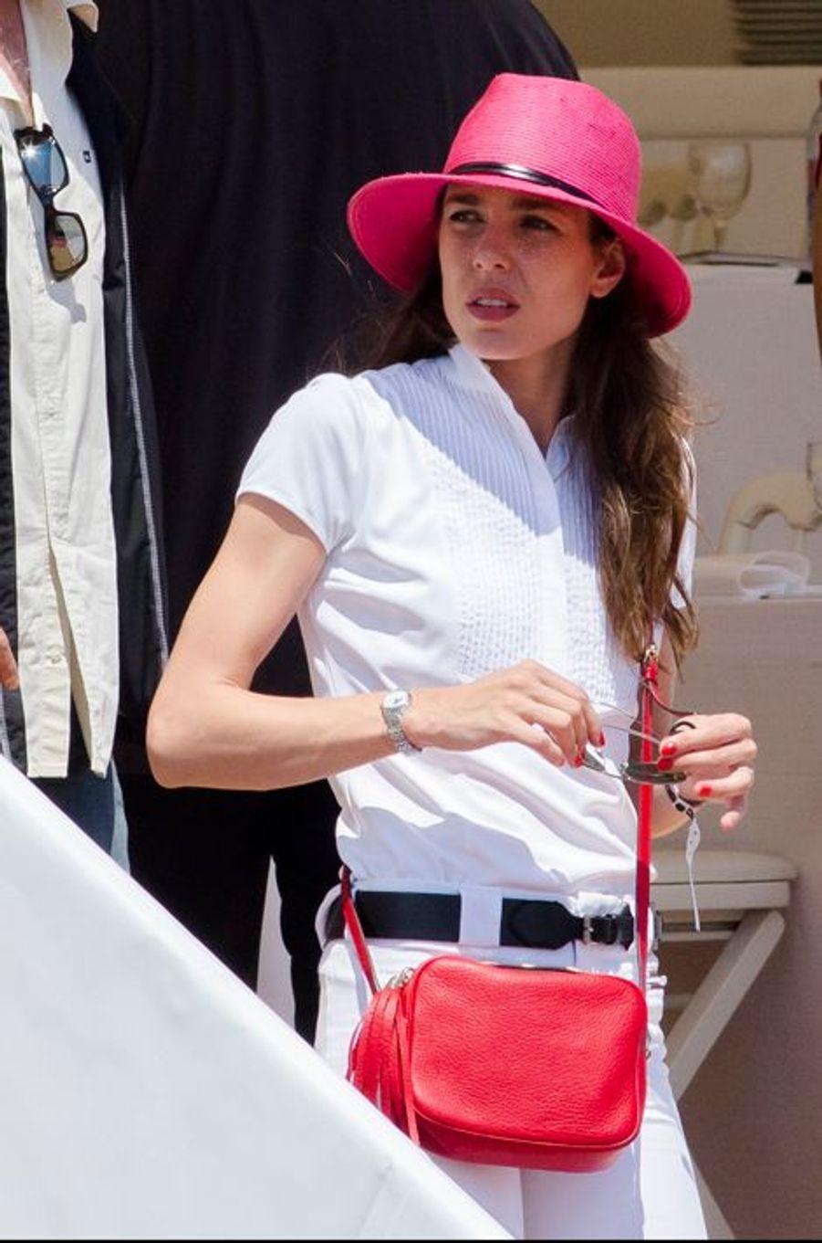 Charlotte Casiraghi au Jumping de Cannes, le 11 juin 2015
