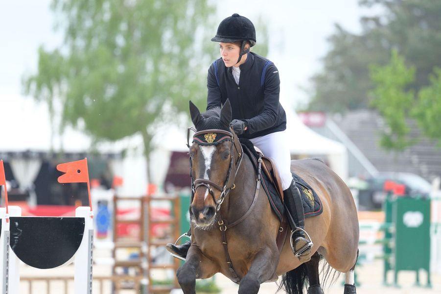 Charlotte Casiraghi au Grand Prix Classic de Fontainebleau, le 14 mai 2015