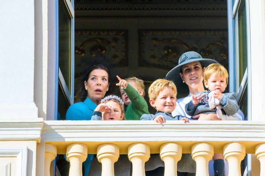 La princesse Caroline de Hanovre et Francesco Casiraghi avec Tatiana Santo-Domingo et ses trois enfants à Monaco, le 19 novembre 2019