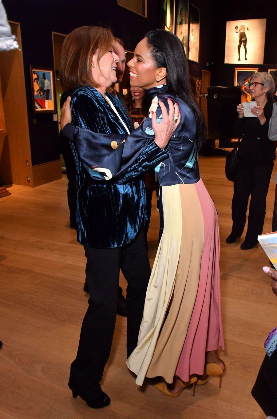 La princesse Caroline de Hanovre avec Noëlla Coursaris Musunka à Londres, le 1er octobre 2018