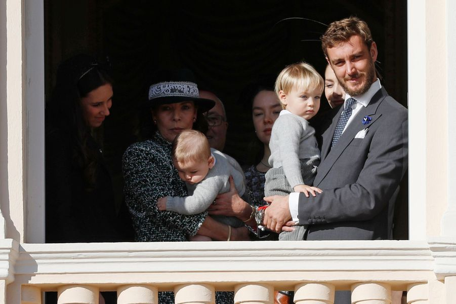 La princesse Caroline de Hanovre et Pierre Casiraghi avec Francesco et Stefano à Monaco, le 19 novembre 2018