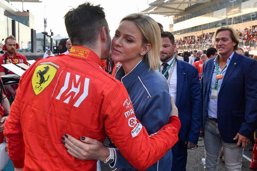 La princesse Charlène de Monaco et le coureur monégasque Charles Leclerc à Abu Dhabi, le 1er décembre 2019