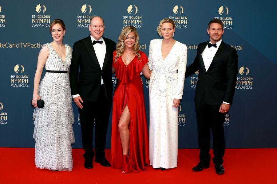 La princesse Charlène et le prince Albert II de Monaco avecAnnika Noelle, Denise Richards et Scott Clifton à Monaco, le 18 juin 2019