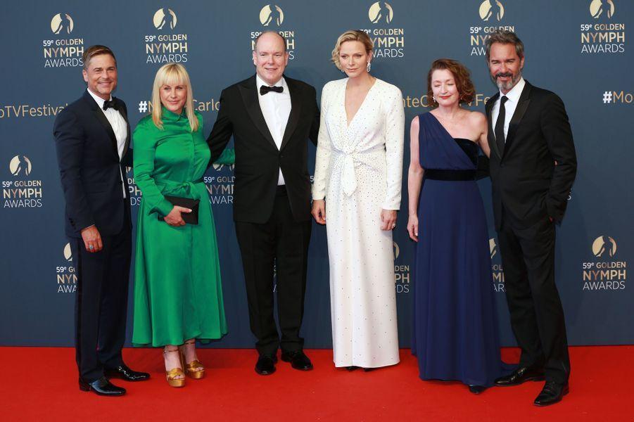 La princesse Charlène et le prince Albert II de Monaco avec Rob Lowe, Patricia Arquette, Lesley Manville et Eric McCormack à Monaco, le 18 juin 2019