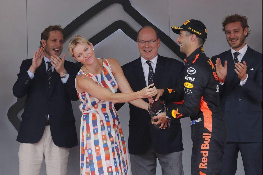 La princesse Charlène et le prince Albert II de Monaco avec Andrea et Pierre Casiraghi au Grand Prix de Monaco, le 27 mai 2018