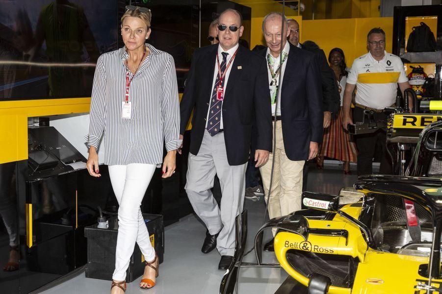 La princesse Charlène et le prince Albert II de Monaco sur le circuit de F1 du Castellet, le 24 juin 2018
