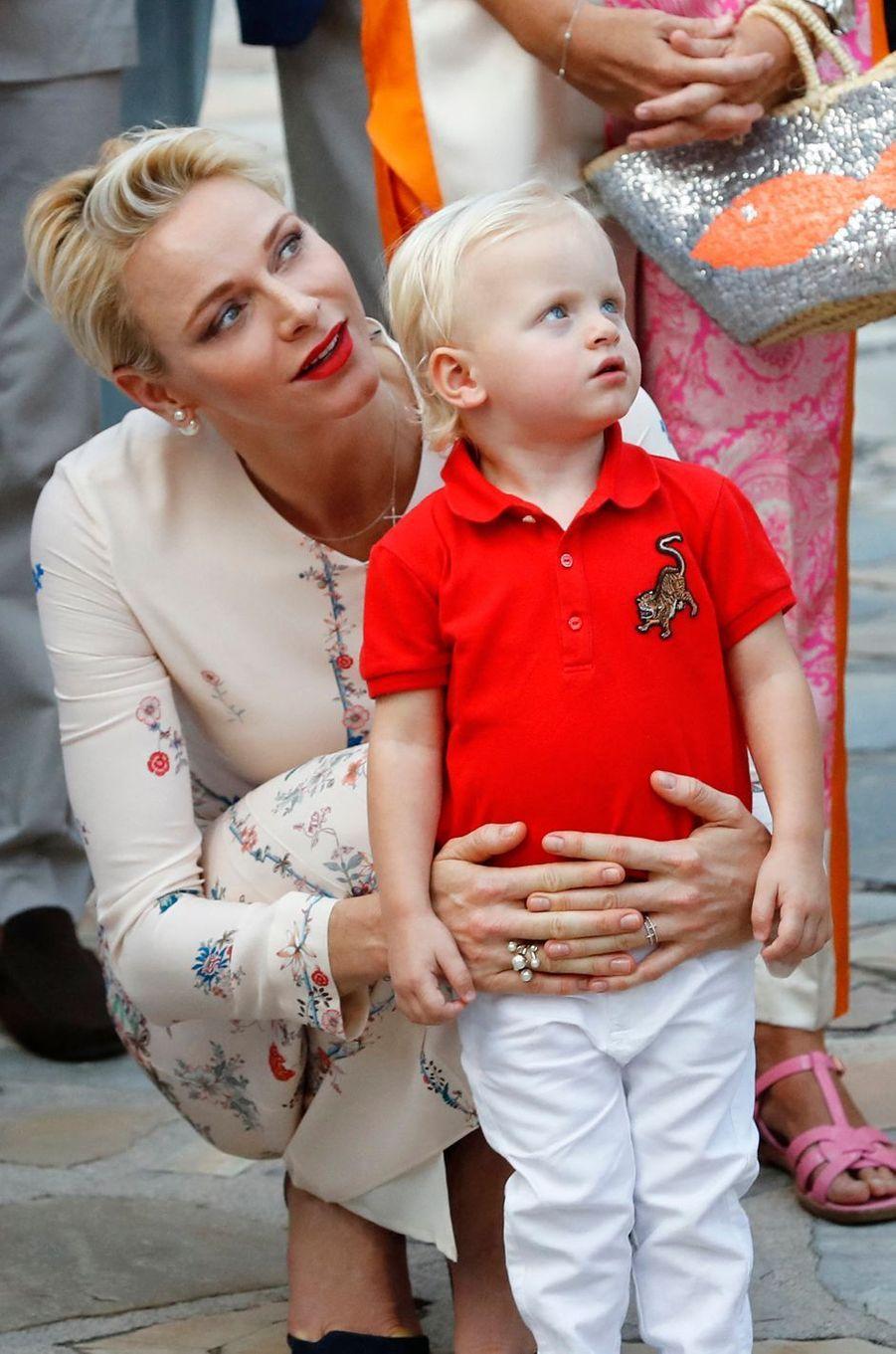 La princesse Charlène de Monaco avec son fils le prince Jacques, le 10 septembre 2016