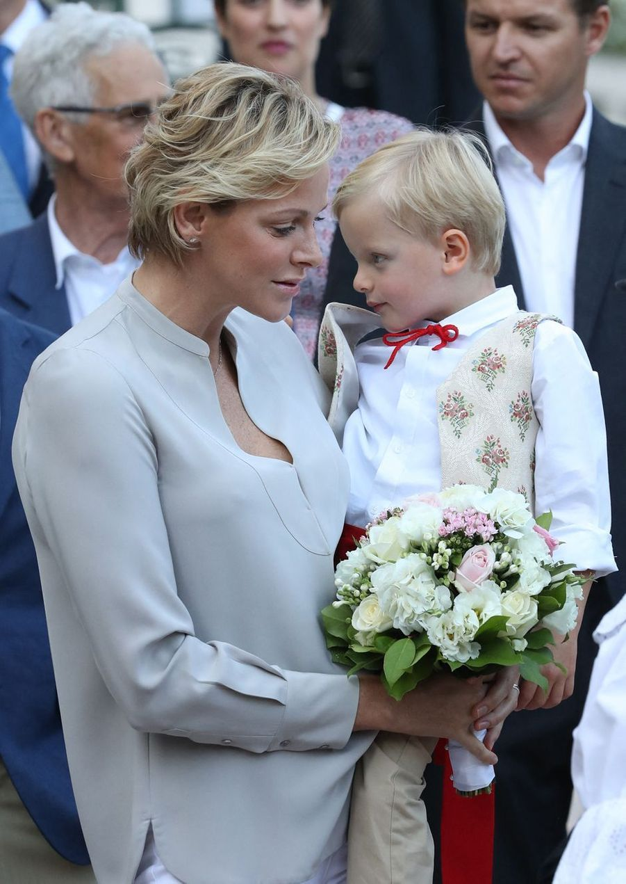 La princesse Charlène de Monaco avec son fils le prince Jacques, le 31 août 2018