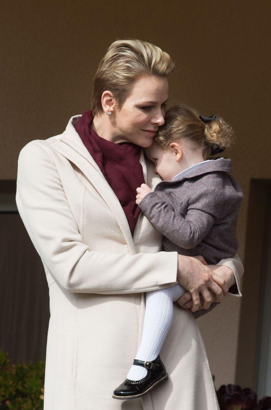 La princesse Charlène de Monaco avec sa fille la princesse Gabriella, le 18 mars 2017