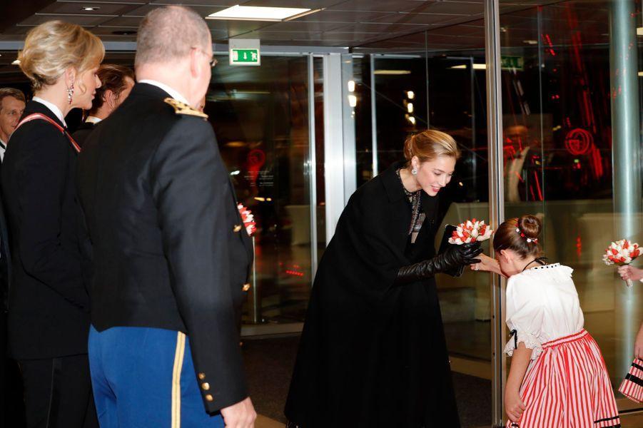 La princesse Charlène et le prince Albert II de Monaco avec Beatrice Borromeo-Casiraghi à Monaco, le 19 novembre 2019