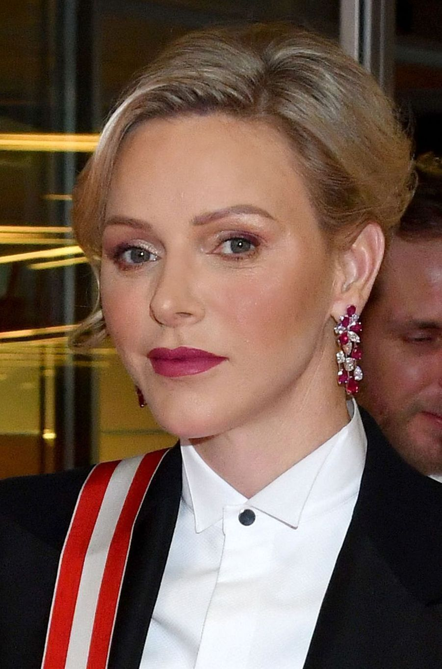 Les boucles d'oreilles de la princesse Charlène de Monaco à Monaco, le 19 novembre 2019