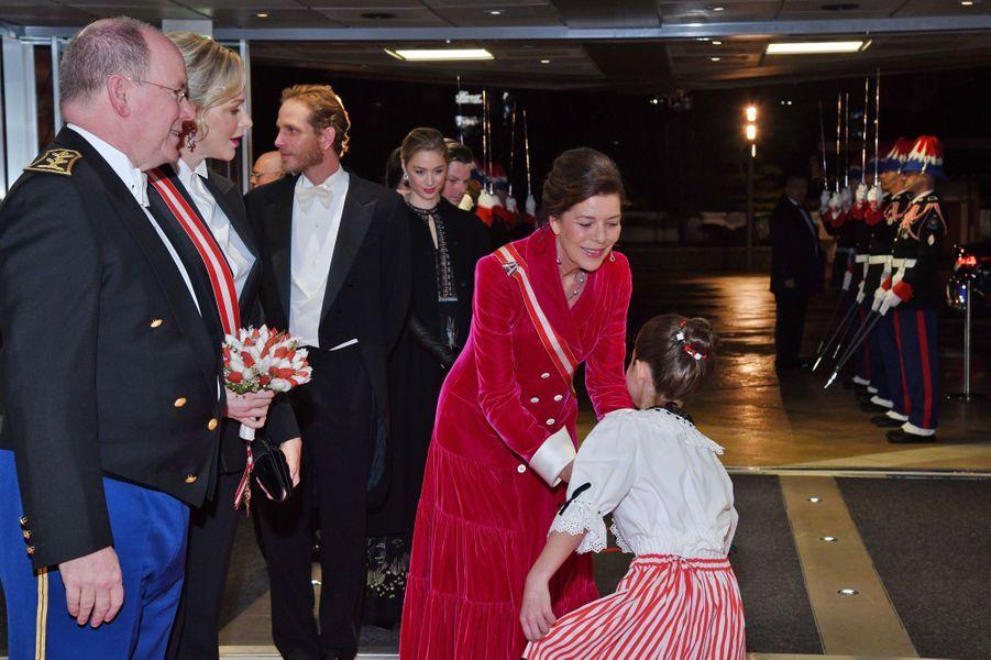 La princesse Charlène et le prince Albert II de Monaco avec la princesse Caroline de Hanovre à Monaco, le 19 novembre 2019