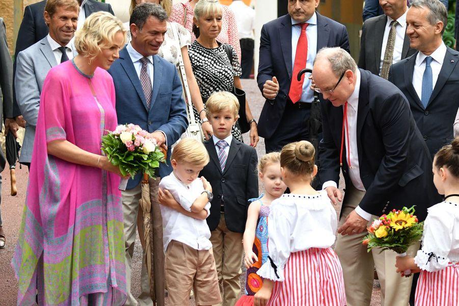 La princesse Charlène et le prince Albert II de Monaco avec le prince Jacques et la princesse Gabriella à Monaco, le 6 septembre 2019