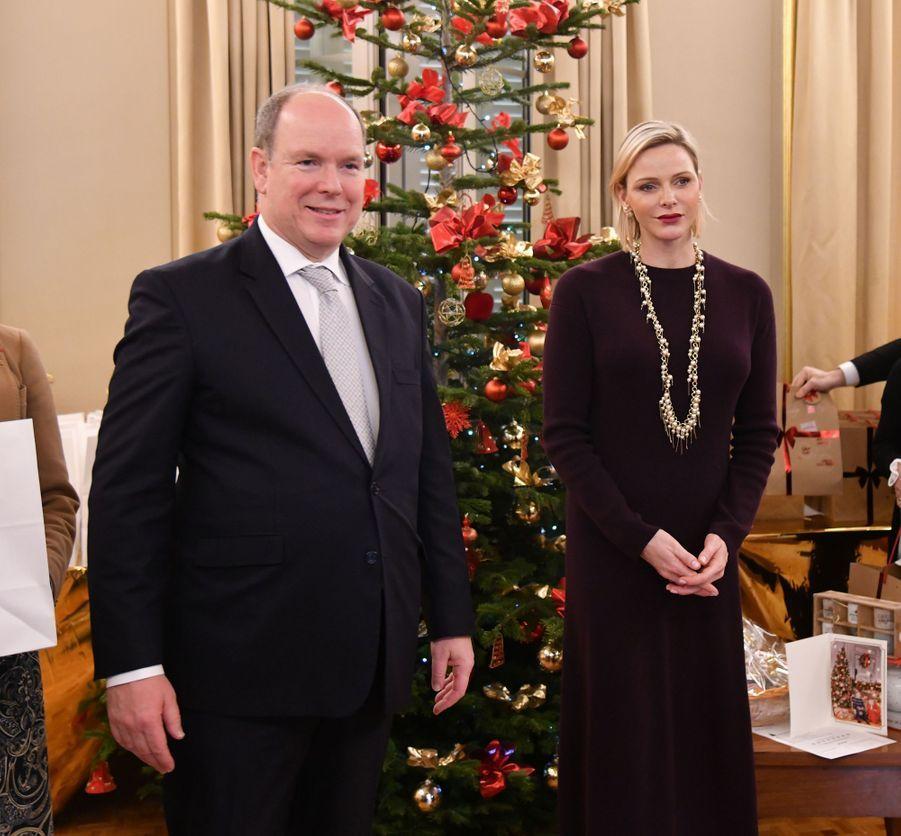 La princesse Charlène et le prince Albert II de Monaco à Monaco, le 18 décembre 2019